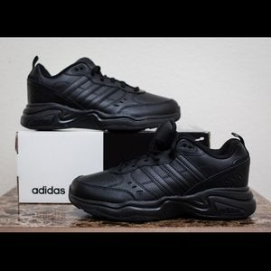 ADIDAS / MEN'S BLACK STRUTTER WIDE SIZE 7.5